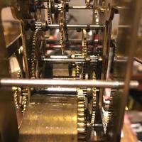 ゼンマイ式掛け時計の修理 - トライフル・西荻窪・時計修理とアンティーク時計の店