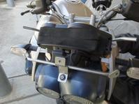 BMWロックスターにスクリーン装着 - 双 極の調べ