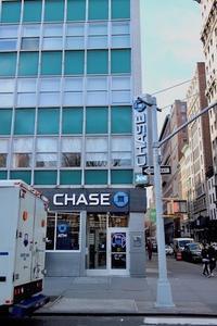 NY老舗カフェの跡地に◯◯ができる現象 - ニューヨーク直行便 since 2005