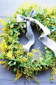 今年も出品販売いたします(ナイトキャンドル&ミュージック小松) - お花に囲まれて