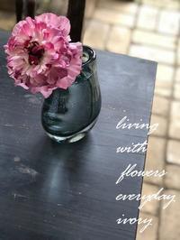 オーダー -  Flower and cafe 花空間 ivory (アイボリー)