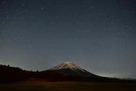 富士ヶ嶺の夜星空 - 風とこだま