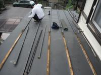 駐車場、屋根、玄関、室内~工事開始前に台風被害です。 - 市原市リフォーム店の社長日記・・・日日是好日