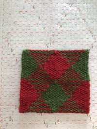 綴れでアーガイルを織る。春休みの取り組み第2段。 - 手染めと糸のワークショップ