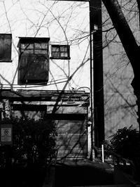 古いシャッター - 節操のない写真館