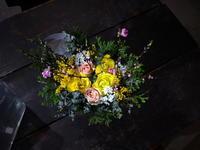 ひな祭りのアレンジメント。西27にお届け。2020/03/02。 - 札幌 花屋 meLL flowers
