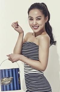 ウォンビンの姪役で人気になった子役出身美人女優、アイドルのキム・ヒジョンオフショット - 韓国芸能人の紹介   TOP