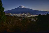 羽鮒山展望台 - 風とこだま
