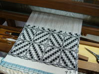 オーバーショット&散髪ルルたん - アトリエひなぎく 手織り日記