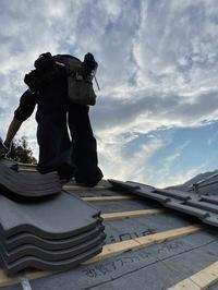 笛吹市本燻しの屋根其の十 - 瓦楽舎日記