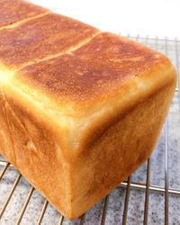 湯種食パン - 東京都調布市菊野台の手作りお菓子工房 アトリエタルトタタン