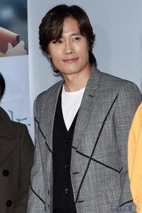 """「イ・ビョンホン""""新人時代はルックスに批判も…今では監督に褒められるように(笑)""""」+「シム・ウンギョンッㇱ、韓国では?」3/15(日) - あばばいな~~~。"""