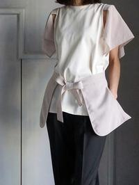モードなデザインTシャツです。ハンカチーフスリーブトップ - 美人レッスン帳 BELA VISTA編