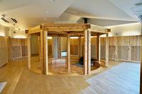 静岡県産杉材Jパネルスリットという加工品 - アトリエMアーキテクツの建築日記
