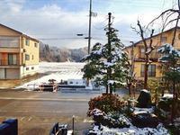 彼岸のノリ雪か!久し振りに白くなりました - 浦佐地域づくり協議会のブログ