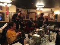 3月21日(土)その2:ご来店♪ - 吹奏楽酒場「宝島。」の日々