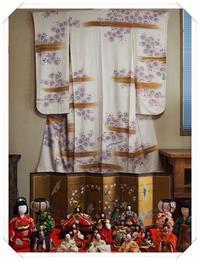ひな人形と桜の振袖 - ひとりあそび