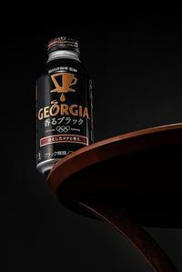 臨時月例展【ジョージア香るブラック】で物撮りバトル! - shindoのブログ