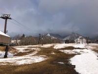 4月の雪 - 週末は山にいます