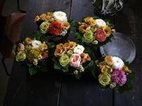 保育園の先生と、職員の方へアレンジメント5種。南34にお届け。2020/03/31。 - 札幌 花屋 meLL flowers
