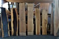 木材倉庫一枚板小~大 - SOLiD「無垢材セレクトカタログ」/ 材木店・製材所 新発田屋(シバタヤ)