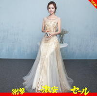 胸元にはプリーツのデザインが入った、女性らしさの溢れるドレス♪ - アルカドレス 店長のコトバ