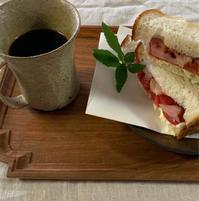 フルーツトマトのサンドイッチ - ★ Eau Claire ★ Dolce Vita ★