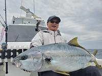 ヒラマサキャスティング二人共自己記録更新 - 五島列島 遊漁船 MANA 釣果情報 ヒラマサ キャスティング ジギング