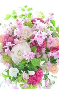 母の日のフラワーギフト - Fiore Spazio 花便り