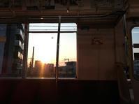 電車から見た夕日 - 写真の記憶