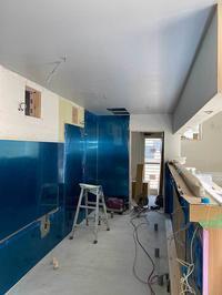 Scale-5 新店舗厨房内装塗装 - くのさんち