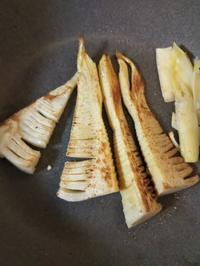 筍のチーズ焼きとクルミマスタードの人参ラペ - ちゃたろうとゆきまま日記