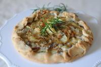 ゴルゴンゾーラのパイ - Chamomile 季節のおやつと日々のこと