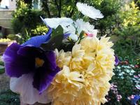 朔日詣りとお花遊び - つれづれ日記