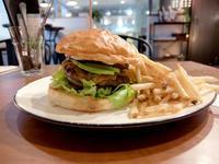 Le Cabaret(松山市三番町) - avo-burgers ー アボバーガーズ ー