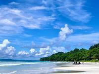 旅フォト:Radhanagar Beach in ハヴロック島 (アンダマン・ニコバル諸島) - 映画を旅のいいわけに。