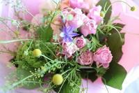 5月10日母の日当日が終わって - 金沢市 花屋 フローリストビーズニーズ blog