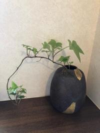 ちと渋めの花瓶 - private style