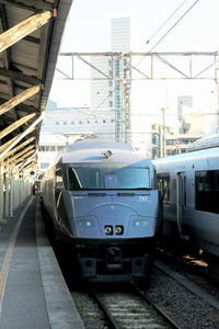 Goodbye 長崎駅10 783系 元ビュッフェ車は特別席 - Photograph & My Super CUB110 【しゃしんとスクーター】