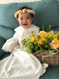1歳のお誕生日に花冠とアレンジ - 北赤羽花屋ソレイユの日々の花