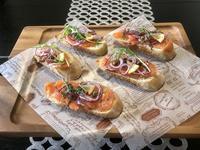 スモークサーモンのオープンサンド - カフェ気分なパン教室  ローズのマリ