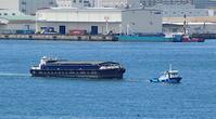 小満!、、、曳船「第五十三すみかい丸」と艀、神戸港西航路 - みなと神戸 のんびり風物詩
