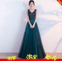計算しつくされたデザインで気品ある雰囲気のドレス - アルカドレス 店長のコトバ