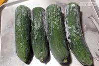【冷凍保存術】冷凍キュウリ(胡瓜)がとても素晴らしい件。(キャベツの冷凍と我が家の冷凍野菜のお話付) - スパイスと薬膳と。