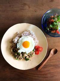 慶子先生の「ZOOM料理教室」でタイ料理を学ぶ - Coucou a table!      クク アターブル!
