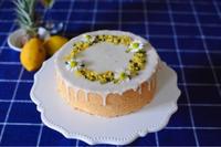 庭のレモンとカモミールを使用したケーキ - Chamomile 季節のおやつと日々のこと