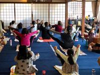 6月のお寺ヨガin 本昌寺 - 全てはYogaをするために    動くヨガ、歌うヨガ、食べるヨガ