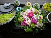 お父様のお誕生日と「母の月」にアレンジメント。「ふんわりピンク系」。もみじ台にお届け。2020/05/26。 - 札幌 花屋 meLL flowers