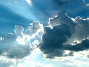 Every cloud has a silver lining. 悪いことの後には良いことがある - 東京パスポート学院 T.P.A. 英会話講師コラム