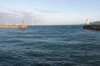 灯台二つ、橋脚二つ - YAJIS OFFICE BLOG